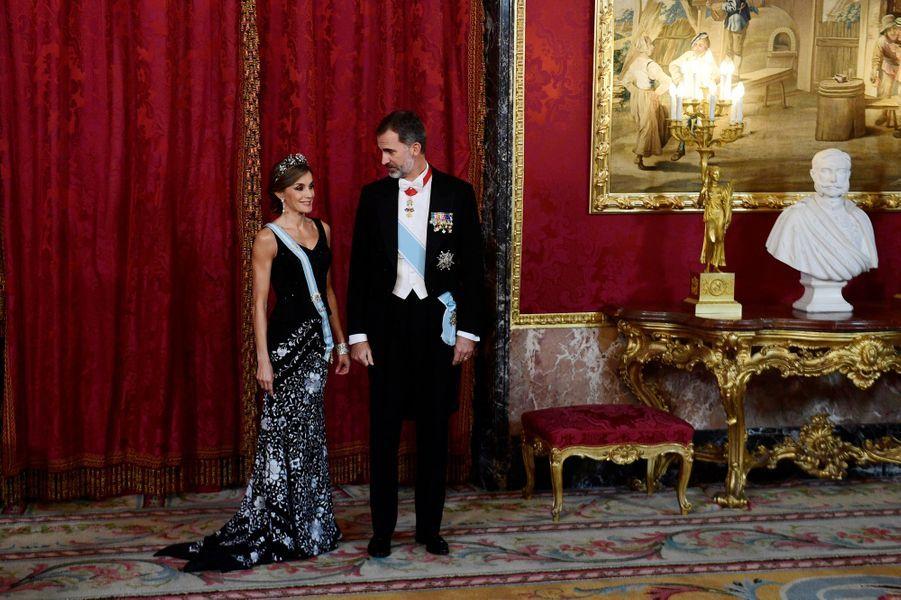 La reine Letizia et le roi Felipe VI d'Espagne à Madrid, le 6 novembre 2017