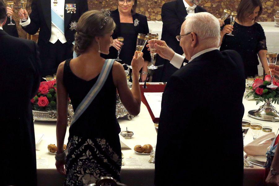 La reine Letizia et le roi Felipe VI d'Espagne avec Reuven et Nechama Rivlin à Madrid, le 6 novembre 2017