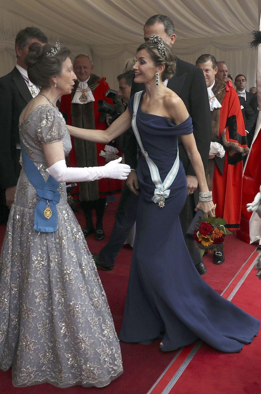 La reine Letizia d'Espagne à Londres, le 13 juillet 2017
