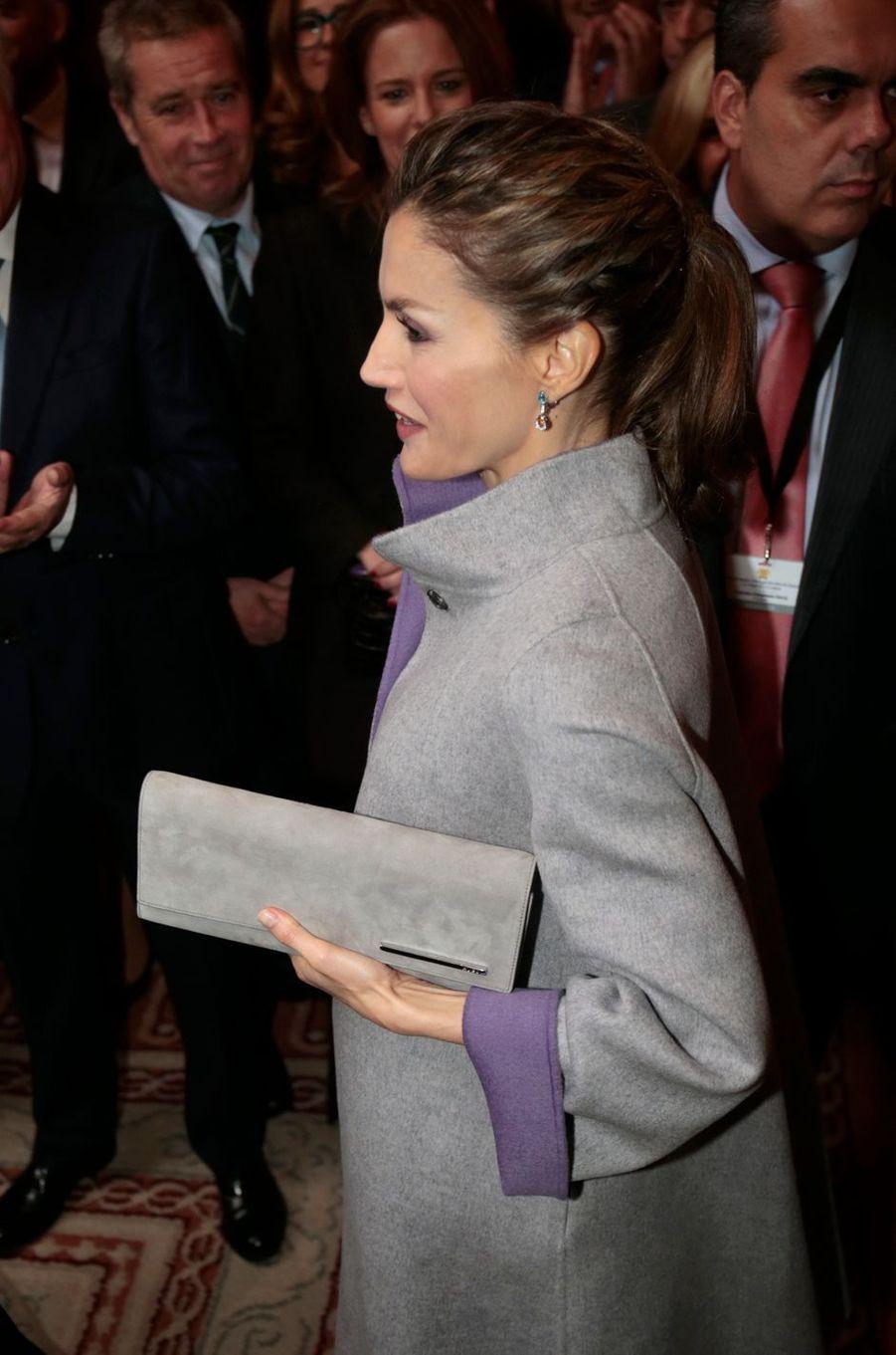 La reine Letizia d'Espagne à l'ambassade d'Espagne à Lisbonne, le 30 novembre 2016