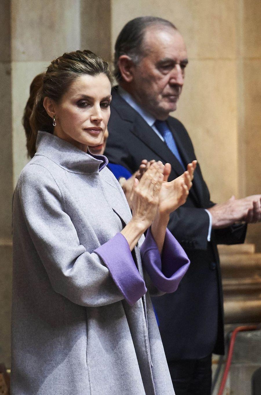 La reine Letizia d'Espagne au Palais de Sao Bento à Lisbonne, le 30 novembre 2016