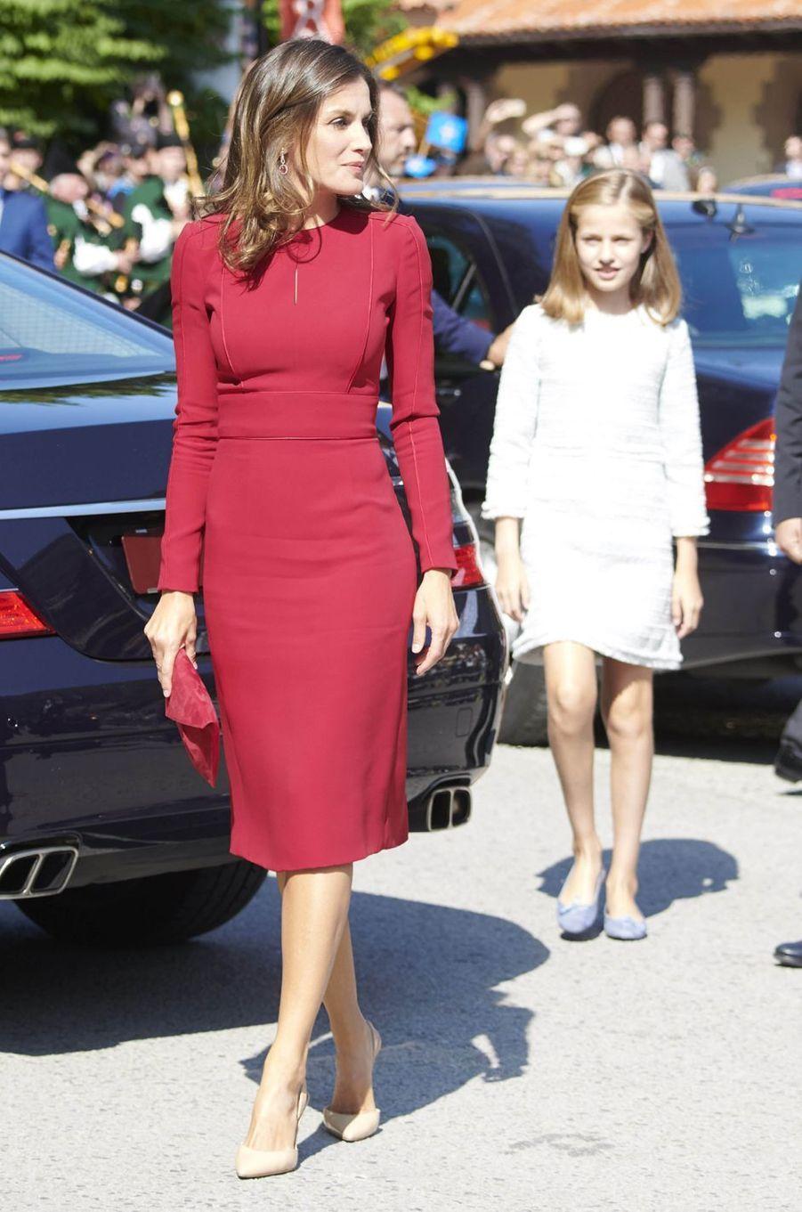 La reine Letizia d'Espagne, dans une robe Carolina Herrera, le 8 septembre 2018