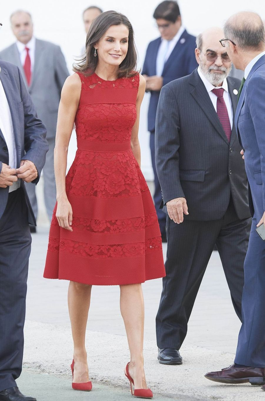 La reine Letizia d'Espagne, dans une robe Carolina Herrera, le 22 juillet 2019