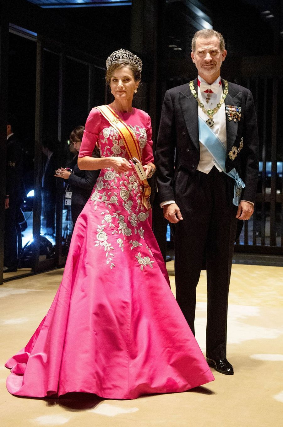 La reine Letizia d'Espagne dans une robe Carolina Herrera à Tokyo, le 22 octobre 2019