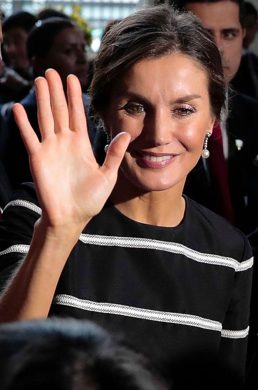 La reine Letizia d'Espagne à Lima, le 12 novembre 2018