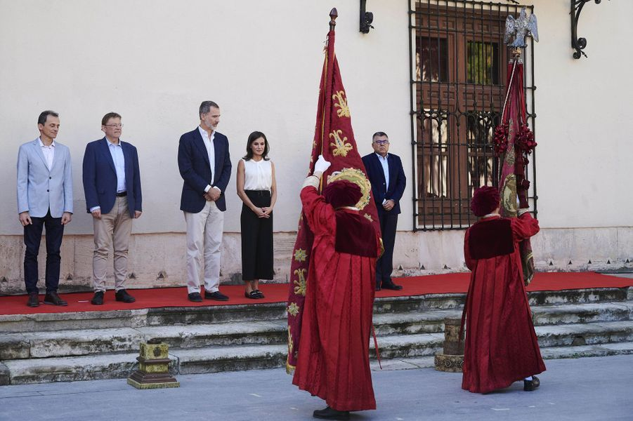 Le roi Philippe VI et la reine Letizia d'Espagne à Orihuela dans la province d'Alicante, le 4 octobre 2019