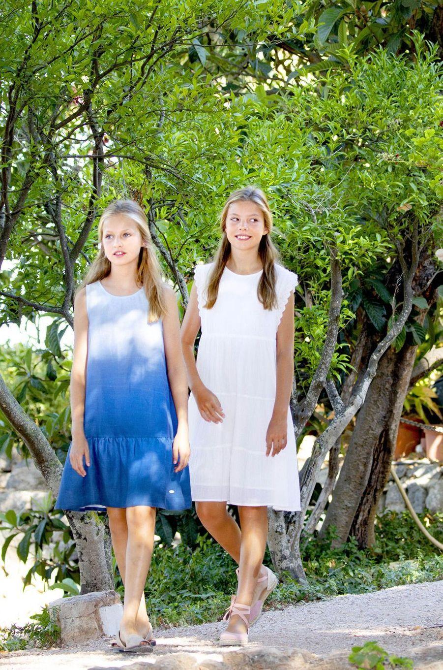 Les princesses Leonor et Sofia d'Espagne à Son Marroig sur l'île de Majorque, le 8 août 2019