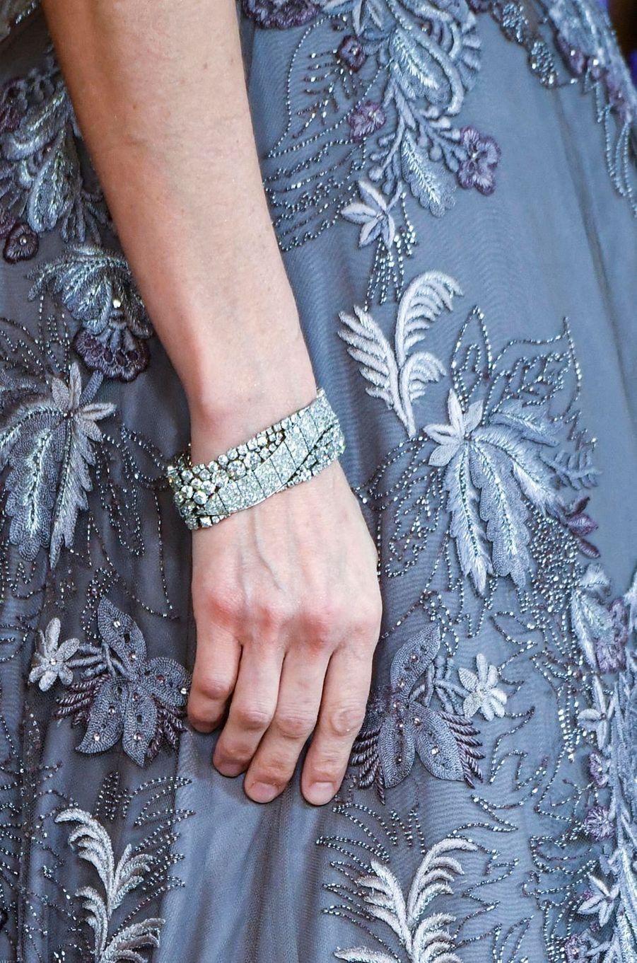 Le bracelet de la reine Letizia d'Espagne à Madrid, le 27 février 2019