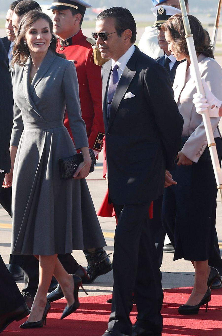 La reine Letizia d'Espagne à son arrivée au Maroc le 13 février 2019