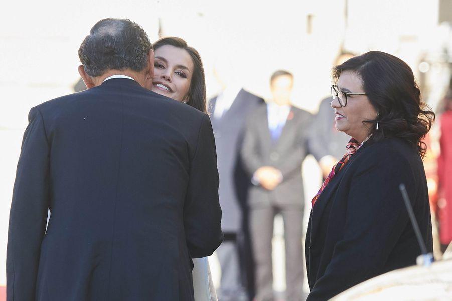 La reine Letizia d'Espagne avec le couple présidentiel du Pérou à Madrid, le 27 février 2019