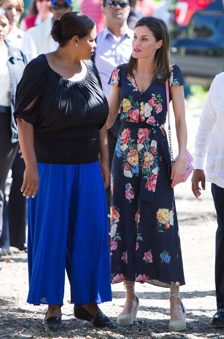 La reine Letizia d'Espagne à Azua, le 22 mai 2018