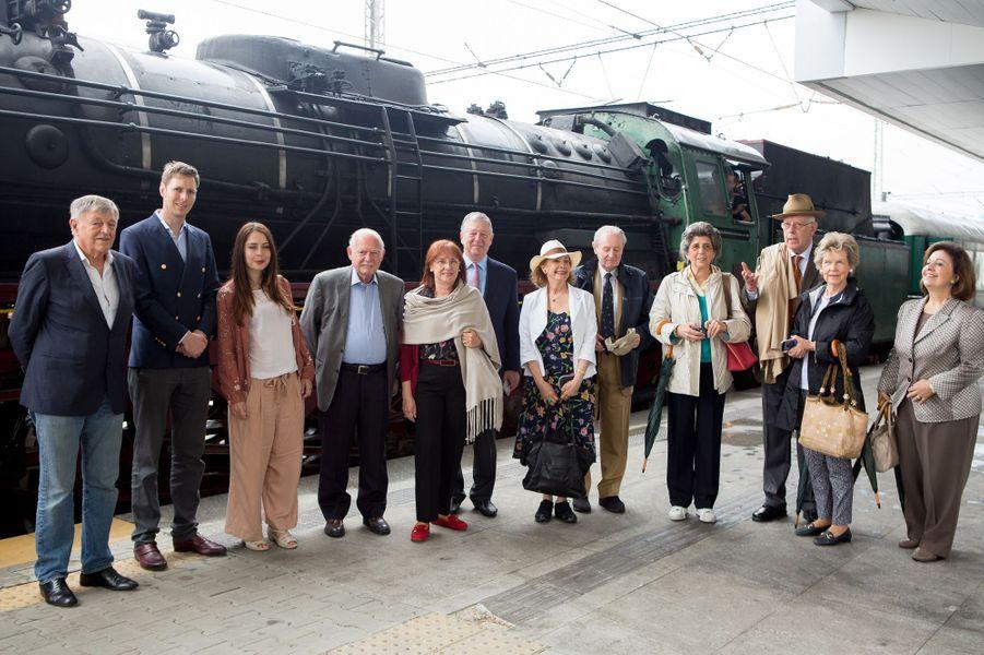 Le prince Leka et la princesse Elia d'Albanie (2e et 3e depuis la droite) à Sofia en Bulgarie, le 17 juin 2017
