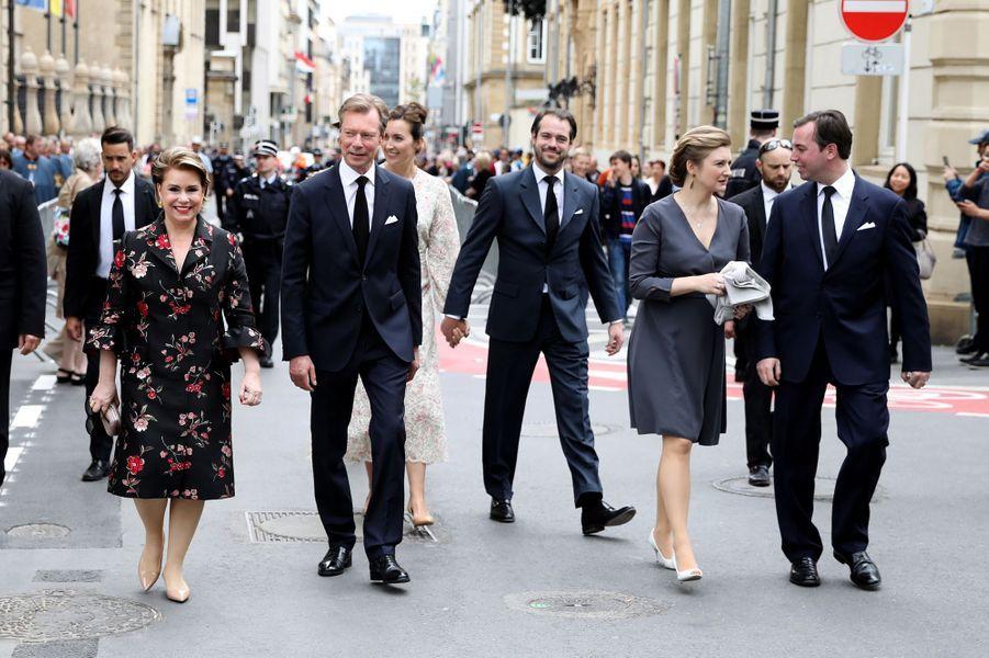 La grande-duchesse Maria Teresa et le grand-duc Henri de Luxembourg avec les princes Guillaume et Félix et les princesses Stéphanie et Claire à Luxembourg, le 26 mai 2019