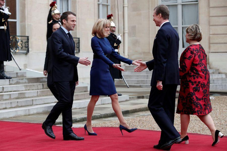 La grande-duchesse Maria Teresa et le grand-duc Henri de Luxembourg à l'Elysée à Paris, le 19 mars 2018
