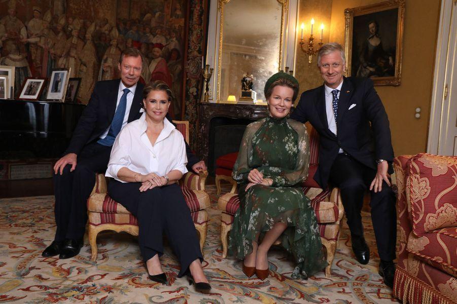 La grande-duchesse Maria Teresa et le grand-duc Henri de Luxembourg avec la reine Mathilde et le roi des Belges Philippe à Luxembourg, le 15 octobre 2019