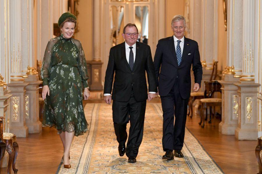 La reine Mathilde et le roi des Belges Philippe avec le président du Parlement luxembourgeois à Luxembourg, le 15 octobre 2019