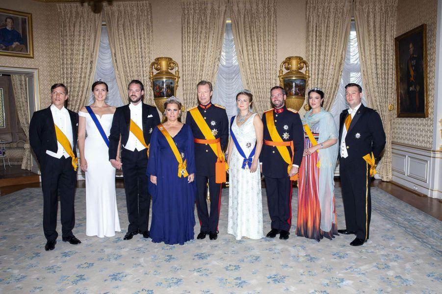 La princesse Claire et le prince Félix de Luxembourg avec la famille grand-ducale, le 23 juin 2018