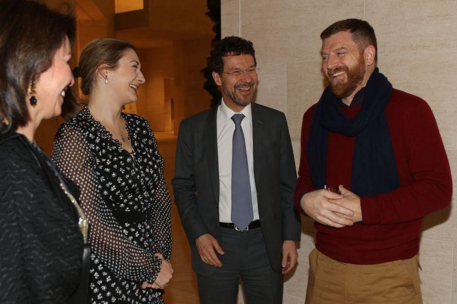 La grande-duchesse héritière Stéphanie de Luxembourg avec Darren Almond au Mudam à Luxembourg, le 9 février 2017