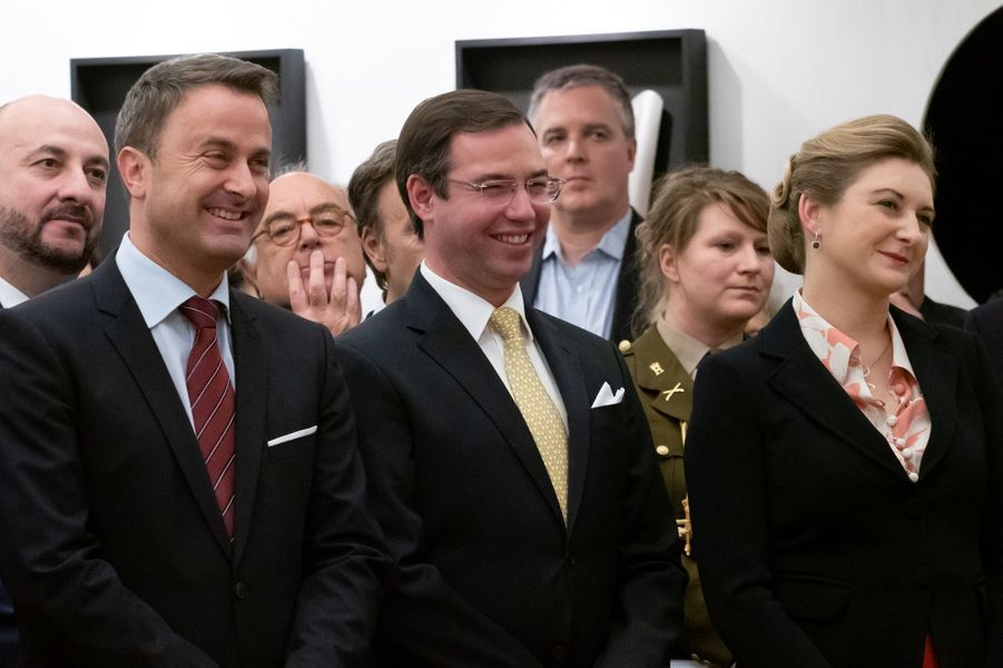 La princesse Stéphanie et le prince Guillaume de Luxembourg avec Xavier Bettel à Luxembourg, le 28 novembre 2018