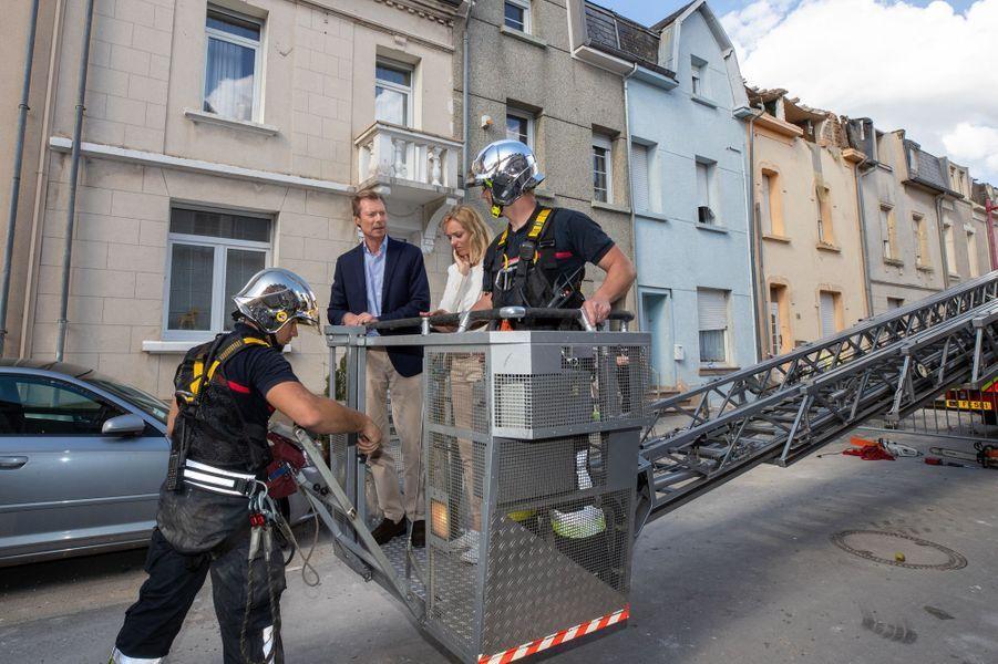 Le grand-duc Henri de Luxembourg le 10 août 2019 sur les lieux de la tornade dévastatrice de la veille