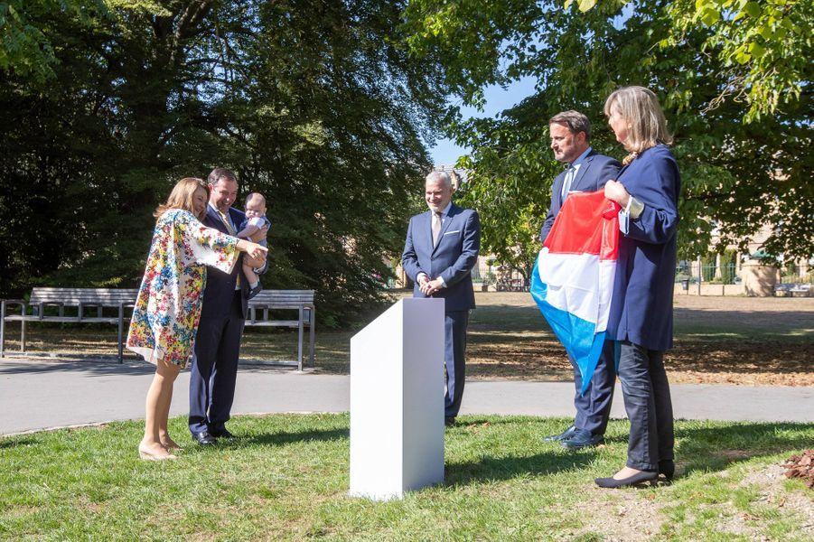 Le prince Charles de Luxembourg avec le prince héritier Guillaume et la princesse Stéphanie, Xavier Bettel, Dan Kersch, Lydie Polfer et Serge Wilmes à Luxembourg, le 21 septembre 2020