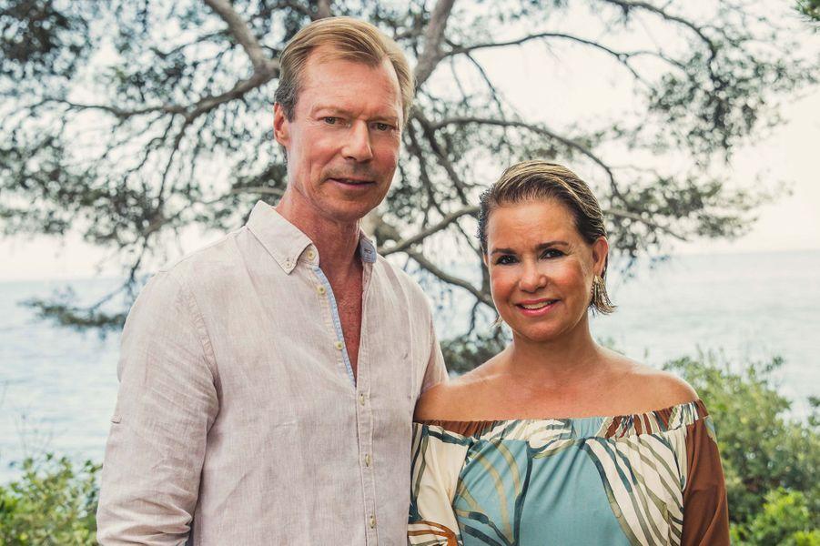 Le grand-duc Henri et la grande-duchesse Maria Teresa de Luxembourg en vacances à Cabasson. Photo diffusée le 8 août 2018