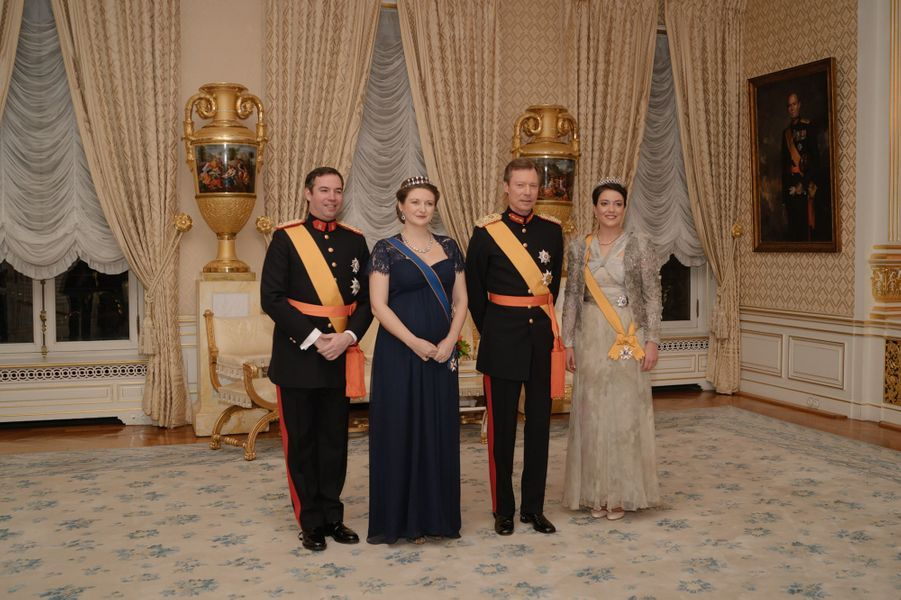 Le grand-duc Henri de Luxembourg avec le prince Guillaume et les princesses Stéphanie et Alexandra à Luxembourg, le 16 janvier 2019
