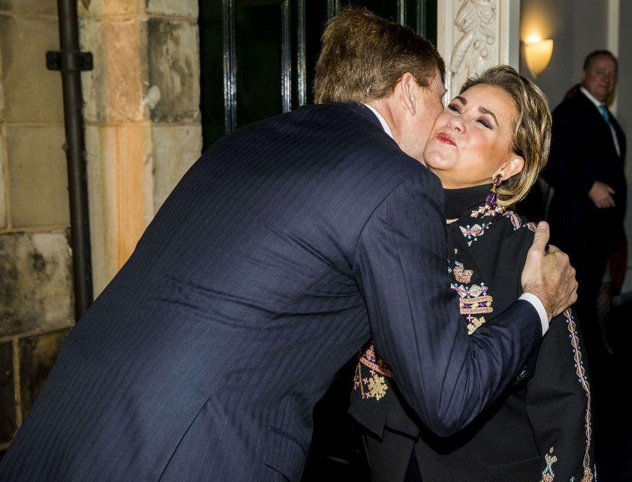 La grande-duchesse Maria Teresa de Luxembourg avec le roi Willem-Alexander des Pays-Bas à La Haye, le 28 novembre 2018