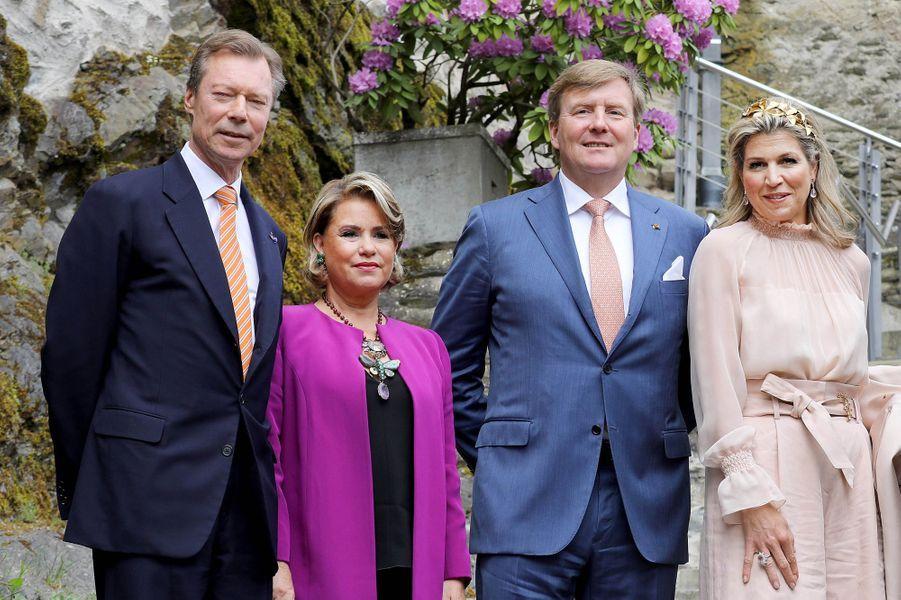 Le couple grand-ducal du Luxembourg et le couple royal des Pays-Bas à Vianden, le 24 mai 2018