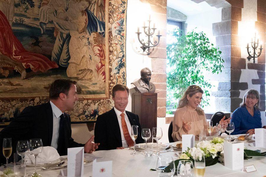 Le grand-duc Henri de Luxembourg et la reine Maxima des Pays-Bas au château de Vianden, le 24 mai 2018