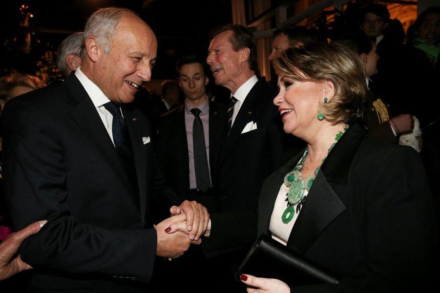La grande-duchesse Maria Teresa de Luxembourg avec Laurent Fabius à Paris le 20 mars 2018