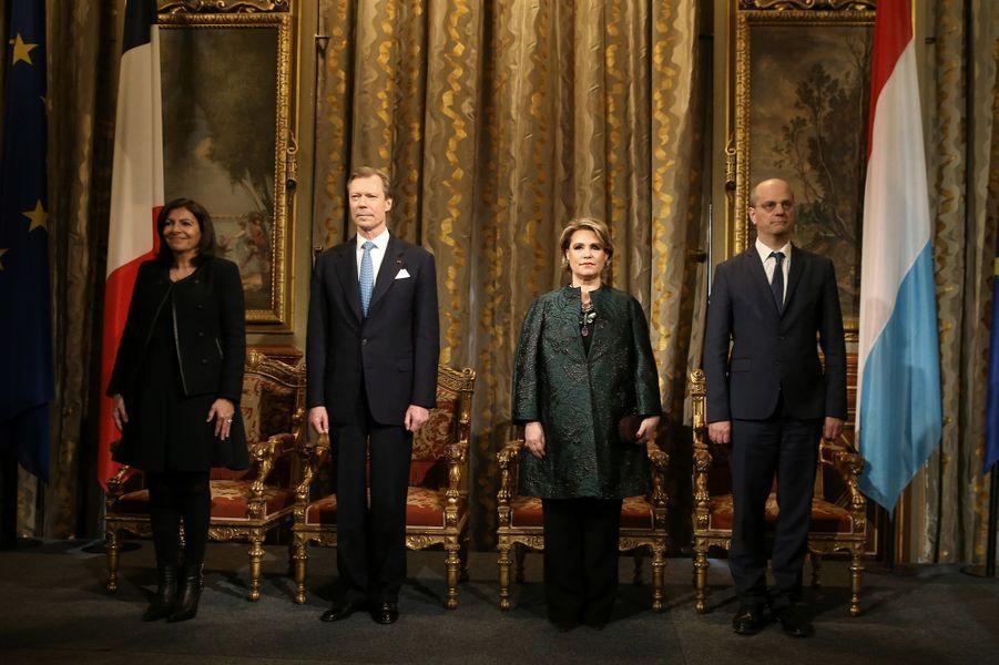 La grande-duchesse Maria Teresa et le grand-duc Henri de Luxembourg avec Anne Hidalgo et Jean-Michel Blanquer à Paris le 20 mars 2018