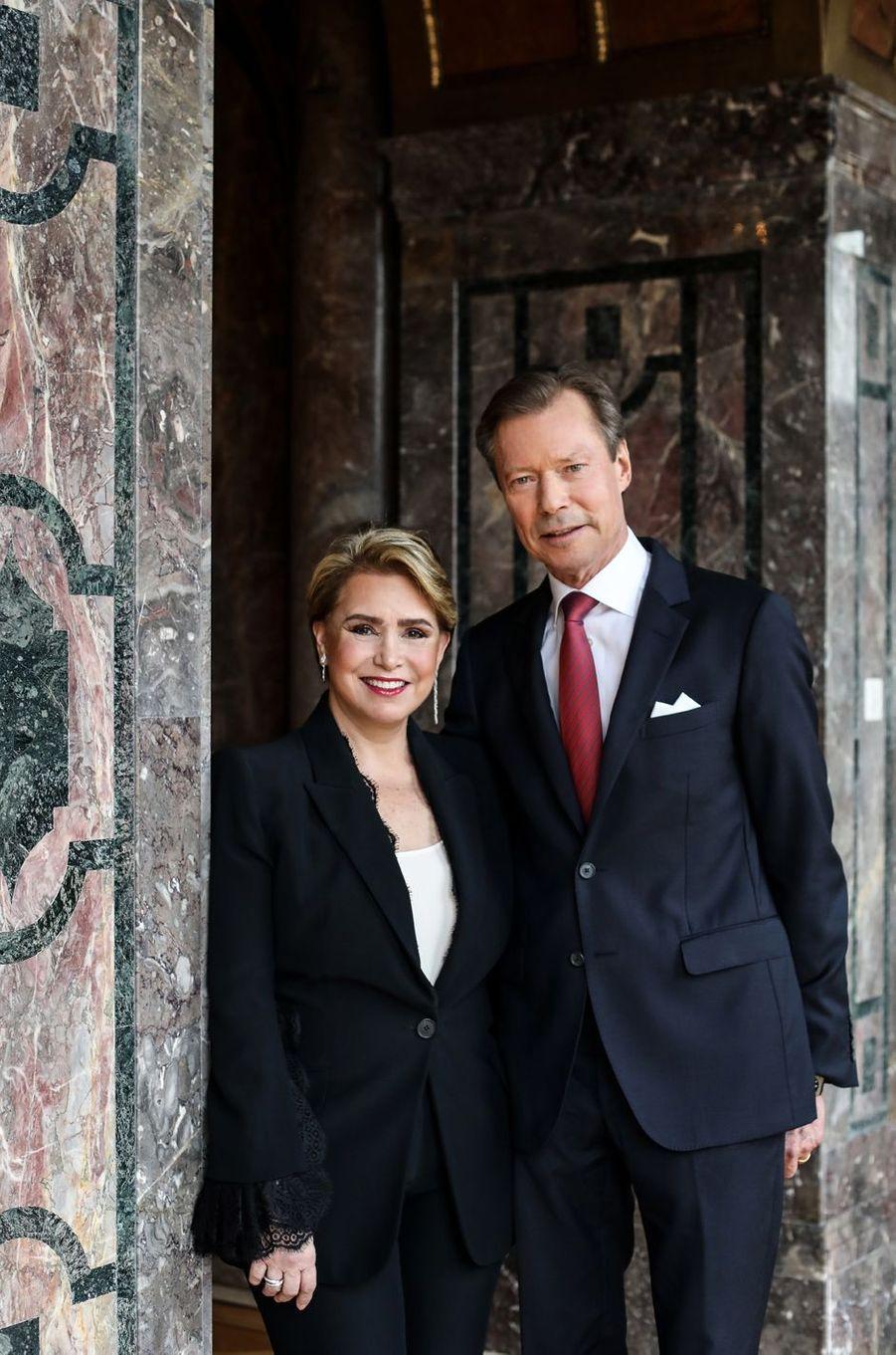 La grande-duchesse Maria Teresa et le grand-duc Henri de Luxembourg. Portrait réalisé pour leurs 40 ans de mariage, le 14 février 2021