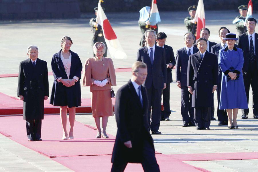 La princesse Alexandra et le grand-duc Henri de Luxembourg avec la famille impériale du Japon à Tokyo, le 27 novembre 2017