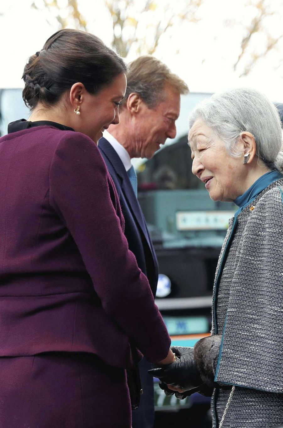 La princesse Alexandra et le grand-duc Henri de Luxembourg avec l'impératrice Michiko du Japon à Tsuchiura, le 28 novembre 2017