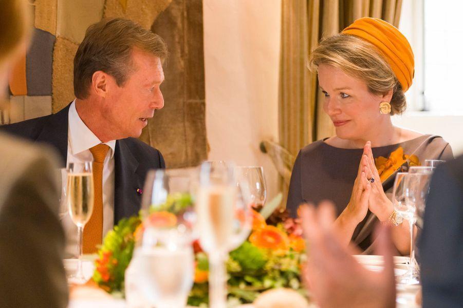 Le grand-duc Henri de Luxembourg avec la reine des Belges Mathilde à Luxembourg le 16 octobre 2019