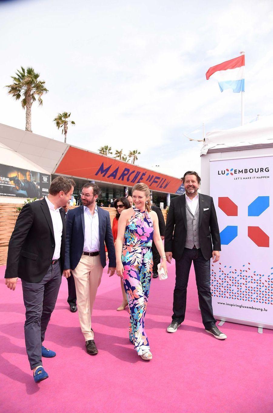 Le prince Guillaume et la princesse Stéphanie de Luxembourg avec Xavier Bettel au 70e Festival de Cannes, le 18 mai 2017