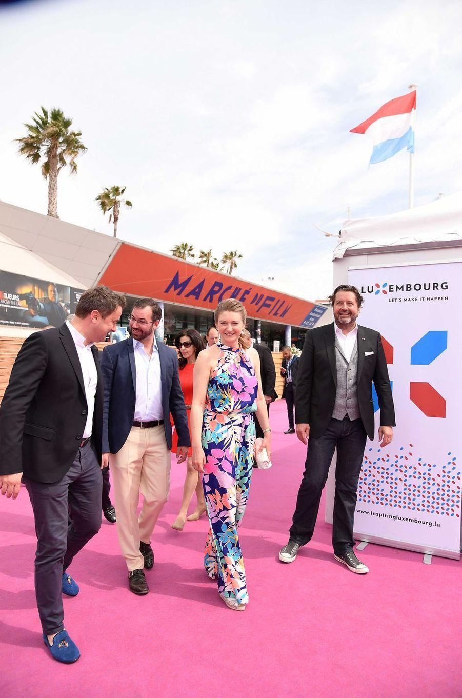 Le prince Guillaume et la princesse Stéphanie de Luxembourg avec Xavier Bettel à Cannes, le 18 mai 2017