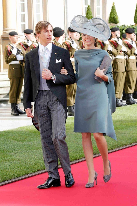 La princesse Tessy du Luxembourg, avec son époux le prince Louis au mariage de Guillaume et Stéphanie en 2012