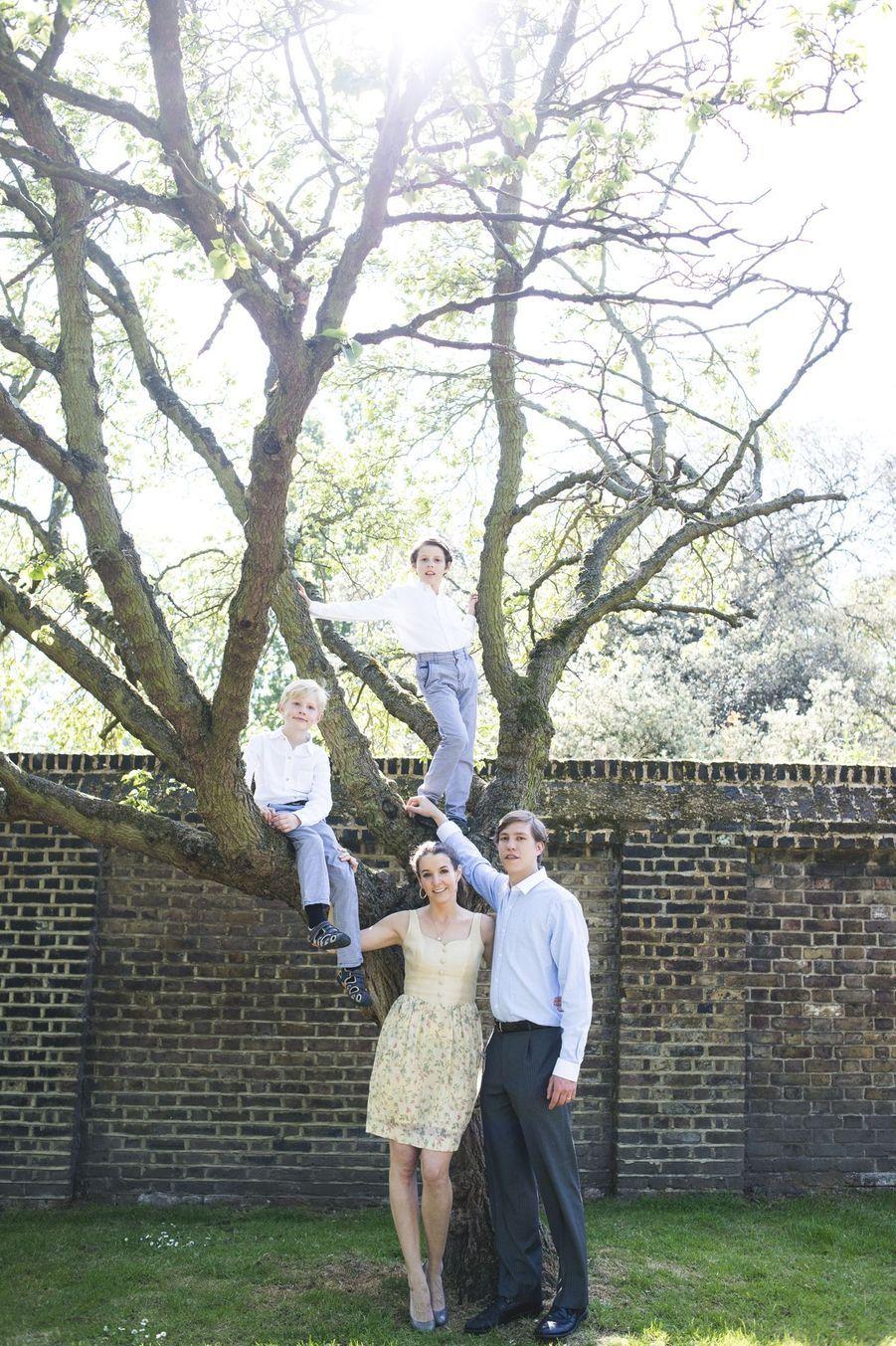 Tessy, Louis, Gabriel et Noah... la famille heureuse