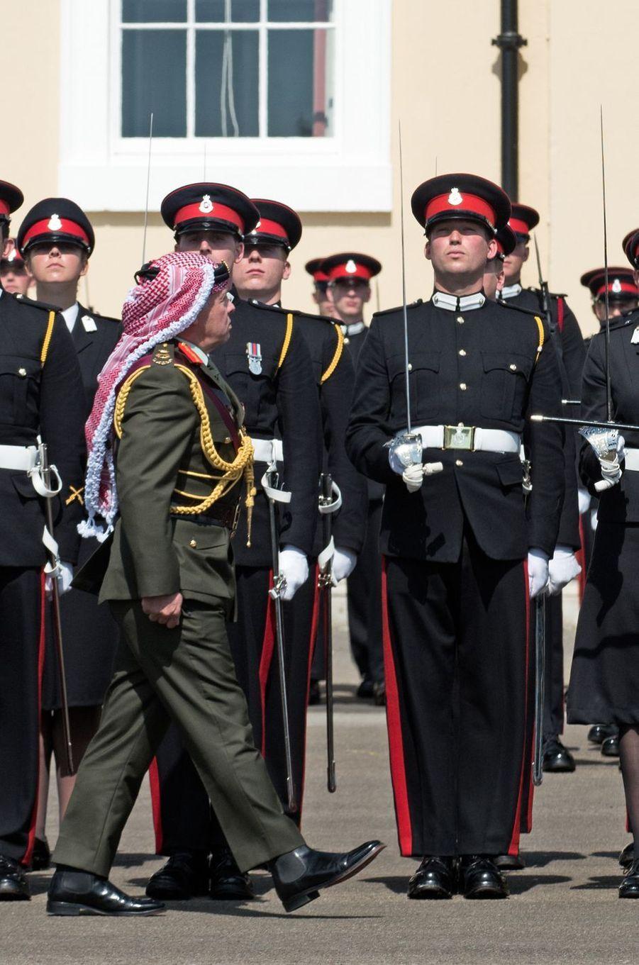 Le prince Sébastien de Luxembourg lors de la revue des troupes par le roi Abdallah II de Jordanie à Sandhurst, le 11 août 2017