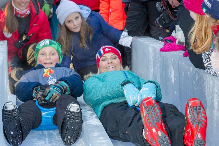 Le prince Sverre Magnus et la princesse Mette-Marit de Norvège à Oslo, le 17 janvier 2016