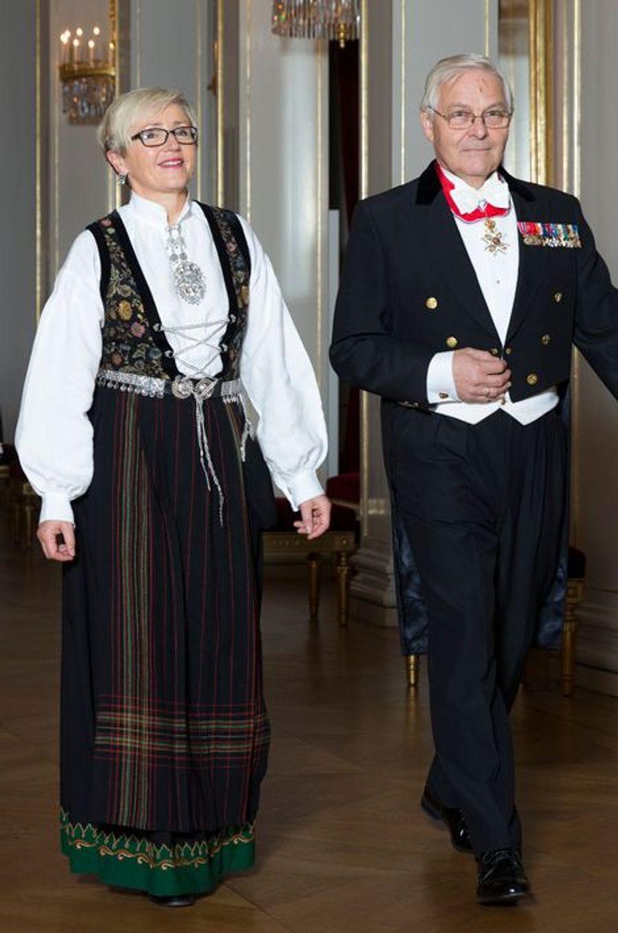 La ministre norvégienne des Affaires locales au Palais royal à Oslo, le 22 octobre 2015