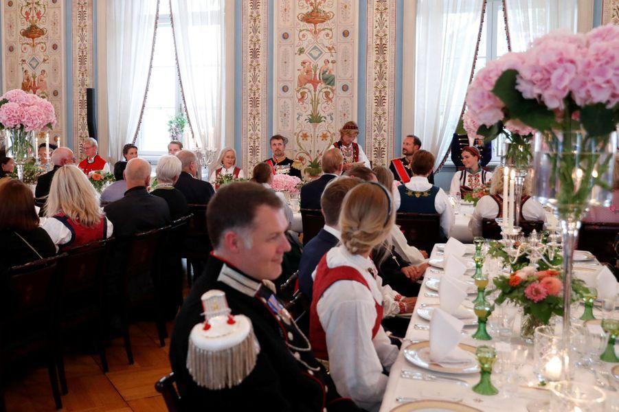 Le déjeuner au Palais royal à Oslo après la confirmation de la princesse Ingrid Alexandra de Norvège, le 31 août 2019