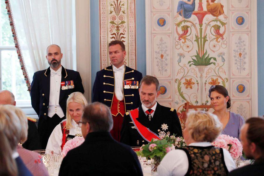 La princesse Mette-Marit de Norvège, le roi Felipe VI d'Espagne et la princesse héritière Victoria de Suède à Oslo, le 31 août 2019