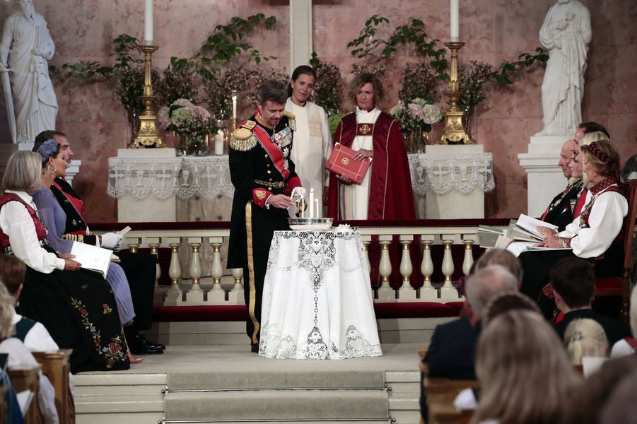 Le prince Frederik de Danemark lors de la confirmation de sa filleule la princesse Ingrid Alexandra de Norvège, à Oslo le 31 août 2019
