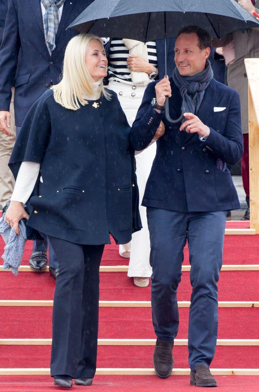 La princesse Mette-Marit et le prince Haakon de Norvège à Oslo, le 10 mai 2017