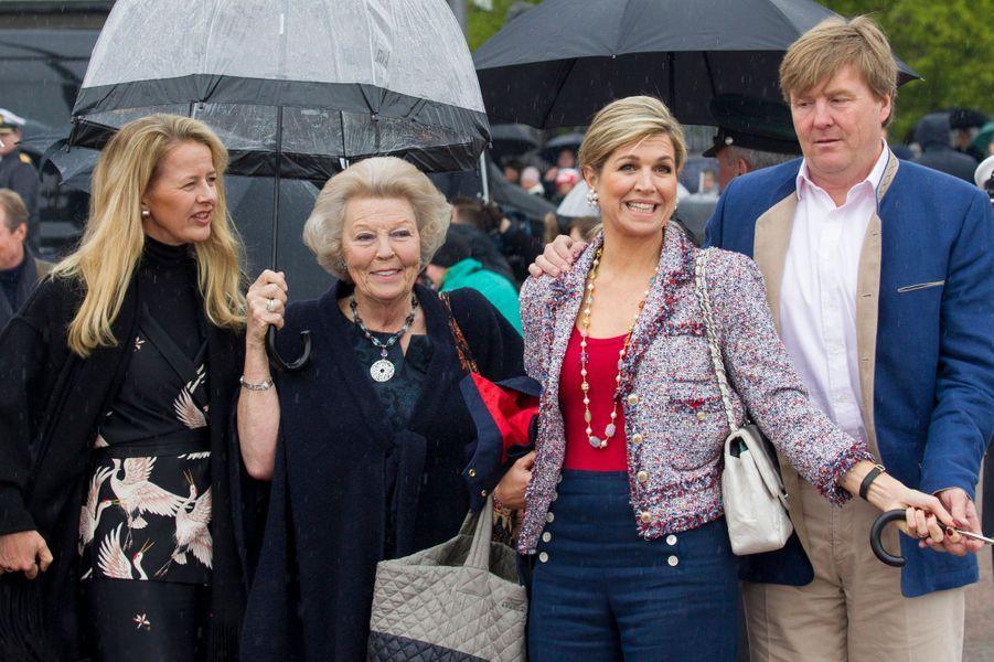 Les princesses Mabel et Beatrix, le roi Willem-Alexander et la reine Maxima des Pays-Bas à Oslo, le 10 mai 2017