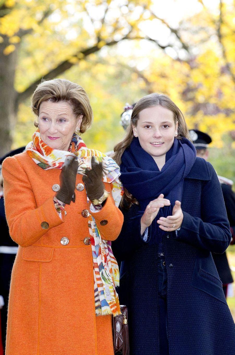 La reine Sonja et la princesse Mette-Marit de Norvège à Oslo, le 19 octobre 2017