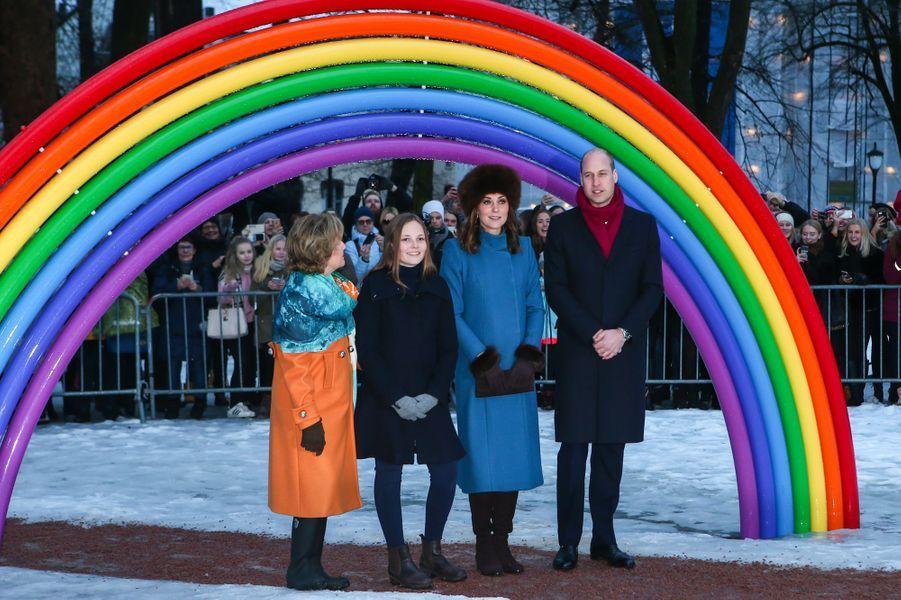 La duchesse de Cambridge et le prince William avec la princesse Ingrid Alexandra et la reine Sonja de Norvège à Oslo, le 1er février 2018